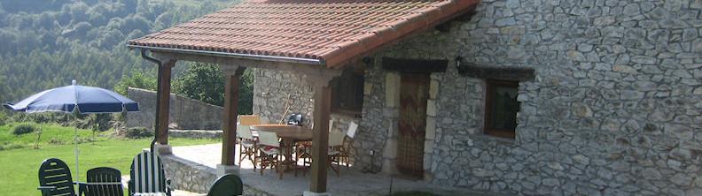 Venta casa de piedra de 4 dormitorios totalmente reformada en Labarces