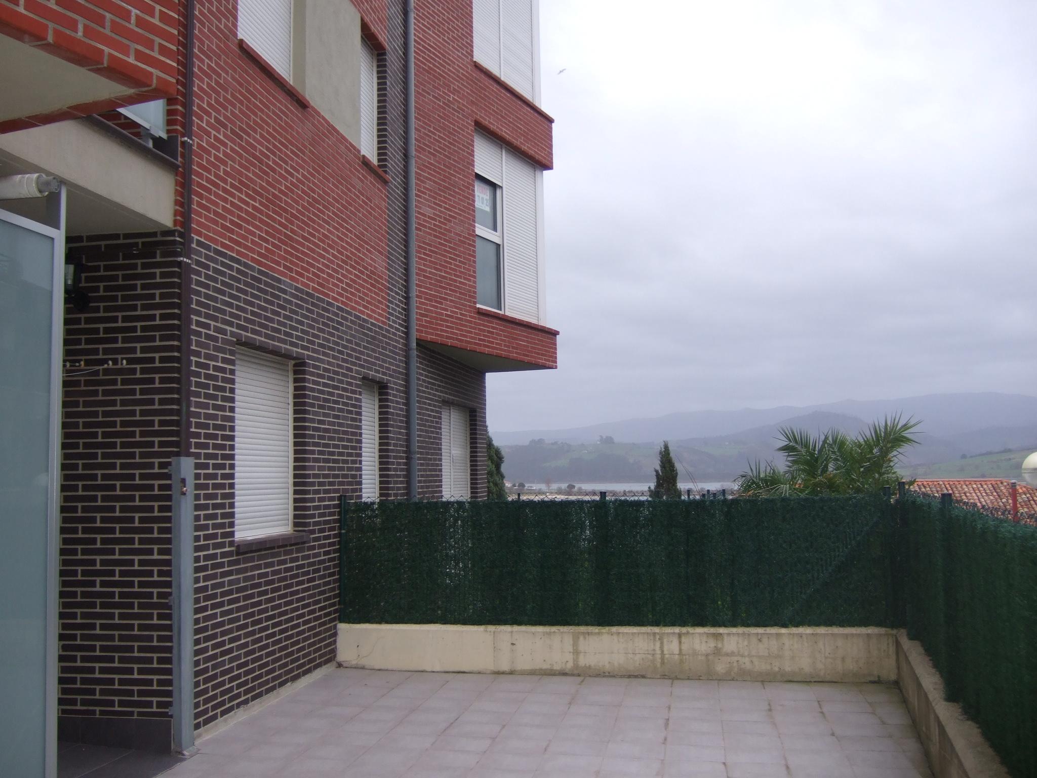 Alquiler de piso con parcela en san vicente de la for Pisos alquiler san vicente