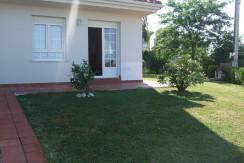 Piso bajo 2 dormitorios y jardín en San Vicente de la Barquera