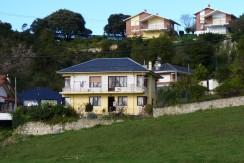 Casa independiente con finca en San Vicente de la Barquera