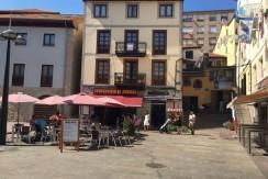 Piso en edificio exclusivo en la plaza del Arenal