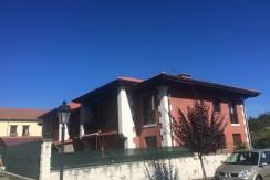 Venta piso de 2 habitaciones con piscina en Prellezo
