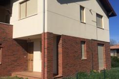 Venta piso de 2 dormitorios con jardín en Prellezo