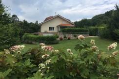 Venta casa independiente de 5 dormitorios en Ruiloba-Pando
