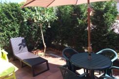 Piso bajo de 2 habitaciones con jardín en Prellezo.