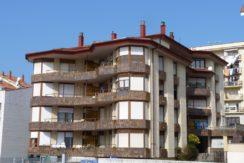 Venta piso 3 dormitorios con terraza en San Vicente de la Barquera