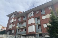 Venta piso de 2 dormitorios en San Vicente de la Barquera con garaje y trastero